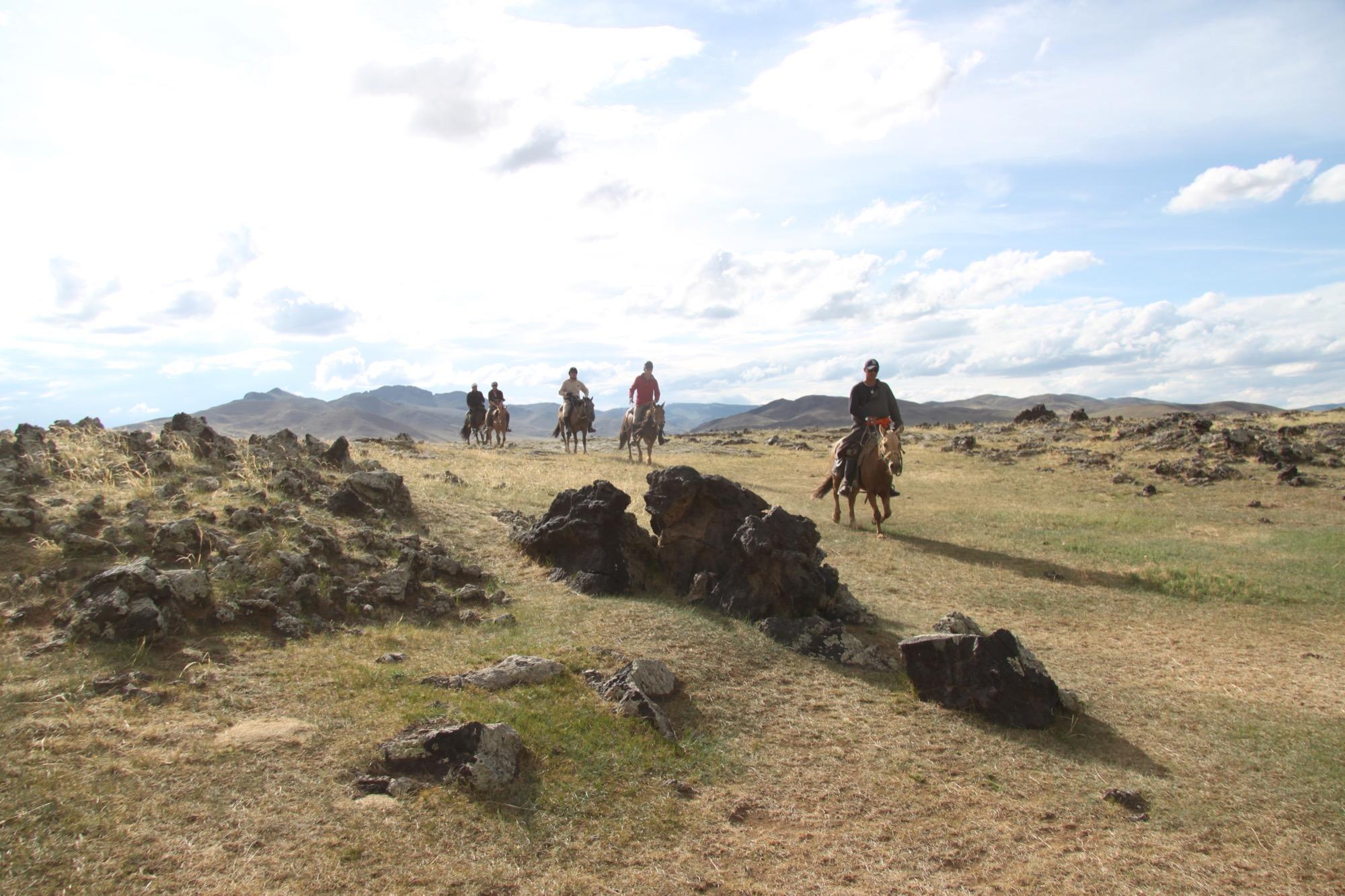 Ver van begane paden in Mongolië - Vakantie te paard / Reisbureau Perlan