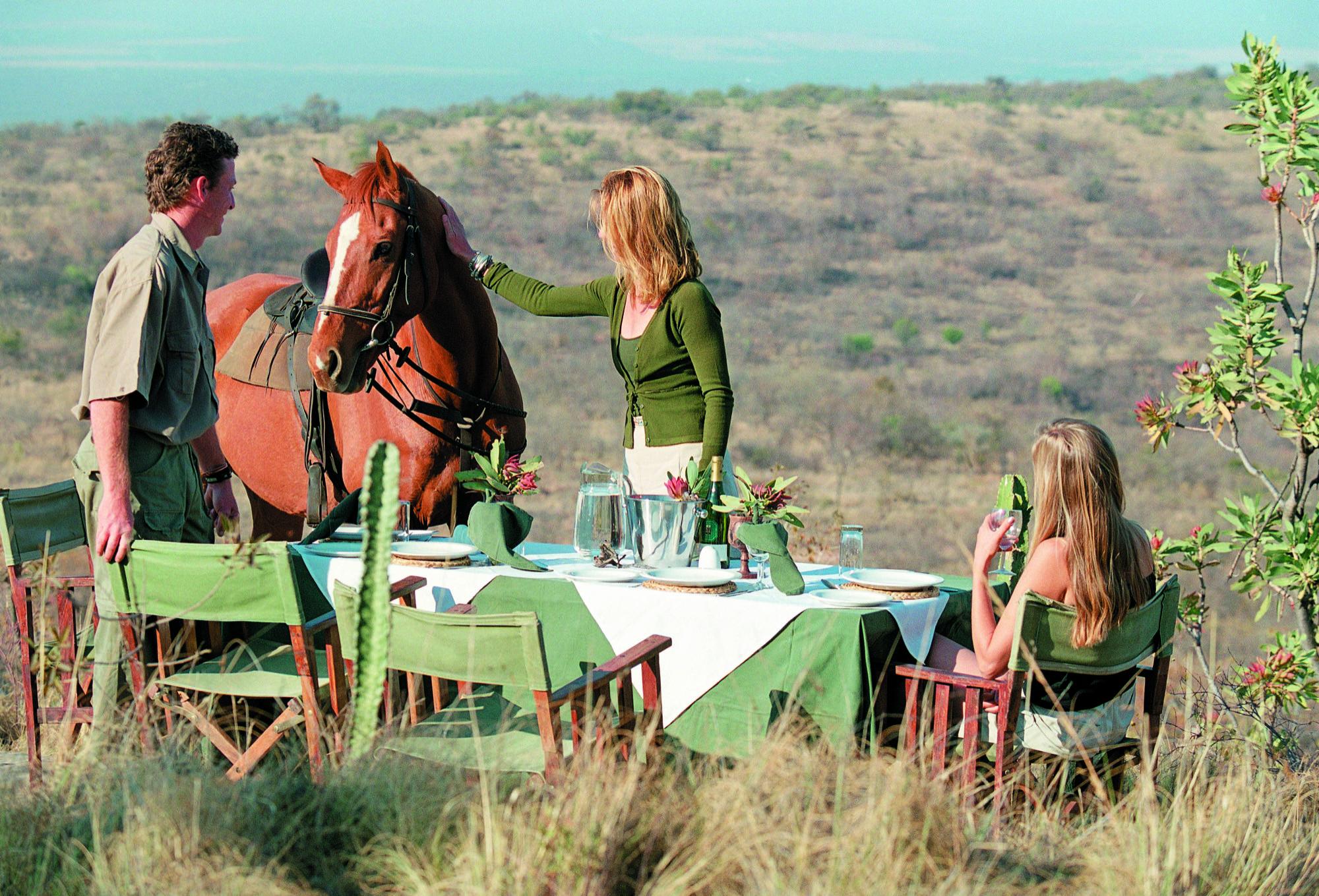 Lunchtime in Ants - Vakantie te paard / Reisbureau Perlan