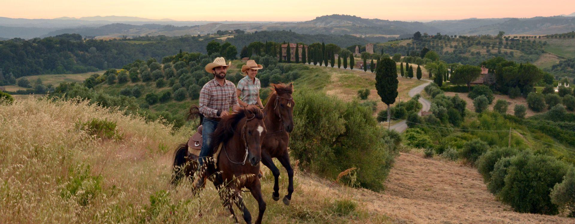 Paardrijden in Italië - Vakantie te paard / Reisbureau Perlan