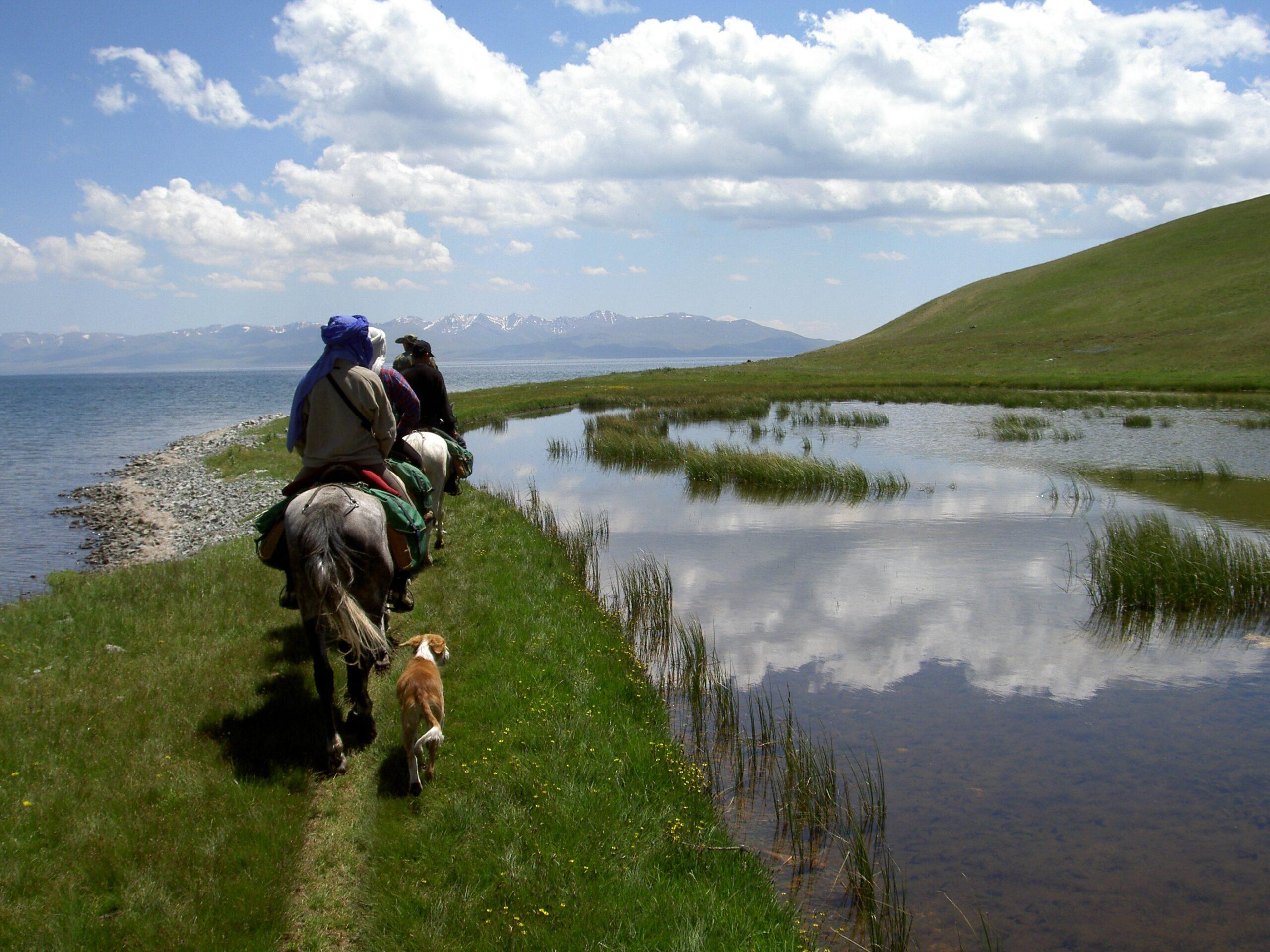Paardrijvakantie in Kyrgizië - Vakantie te paard / Reisbureau Perlan