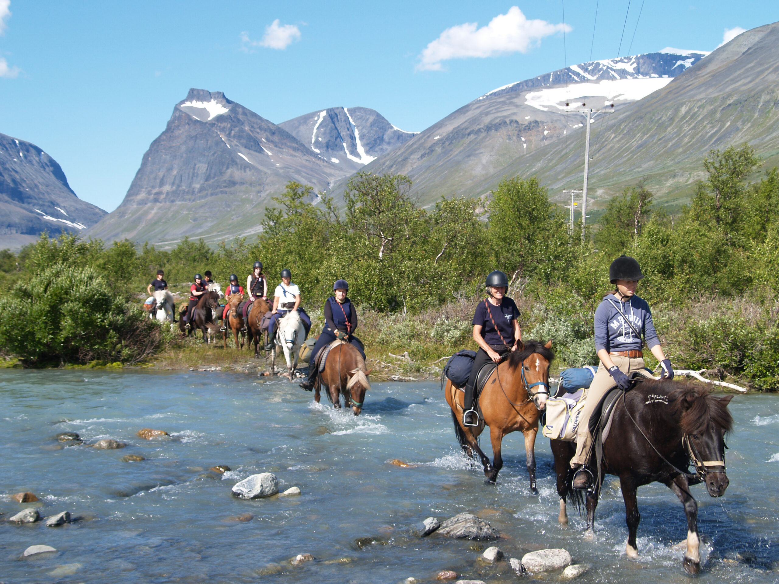 Op paardentocht in Zweden - Vakantie te paard / Reisbureau Perlan